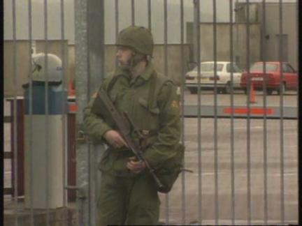 3531fe46aaf IRELAND  POLICE INTERCEPT CAR CONTAINING EXPLOSIVE DEVICE UPDATE