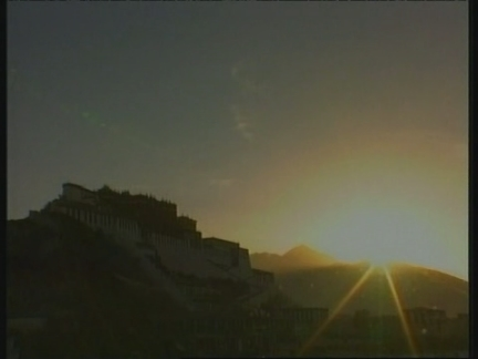 Tibet - Struggle for buddhism