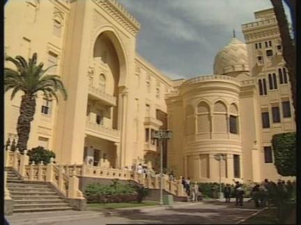 EGYPT: US VICE PRESIDENT GORE MEETS PRESIDENT MUBARAK