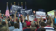 US FL Trump Manafort 2 (NR)