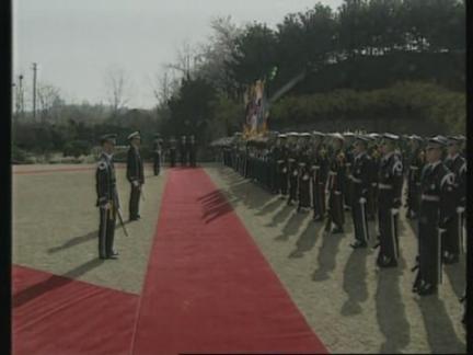 SOUTH KOREA: US DEFENCE SECRETARY WILLIAM COHEN VISIT CONTINUES
