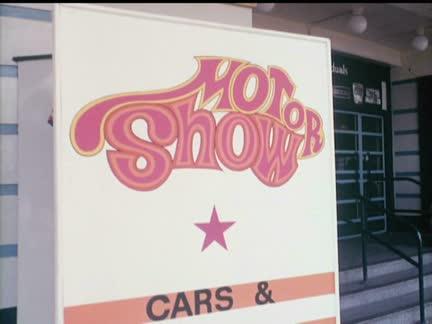 MOTOR SHOW    (COLOUR)
