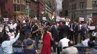 US NY Taxi Turmoil (NR)