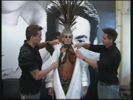 (HZ) Brazil Plastic Surgery Queen