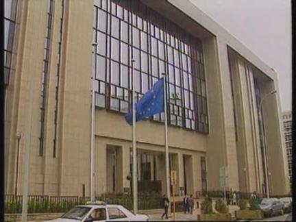 BRUSSELS: BRITAIN THREATENS RETALIATION OVER EU BAN ON BRITISH BEEF