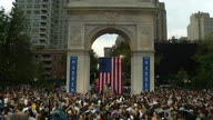 US NY Elizabeth Warren 2 (Lon NR)