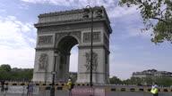 Cycling TDF Paris Fans