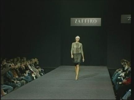 (HZ) Russia Fashion