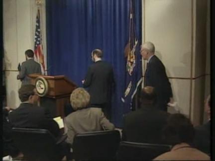 USA: JUSTICE DEPARTMENT REPORT CRITICISES FBI LABORATORY AGENTS