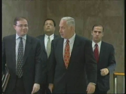 MIDDLE EAST: NETANYAHU PROMISES DEAL ON WEST BANK PULLOUT BY 1999