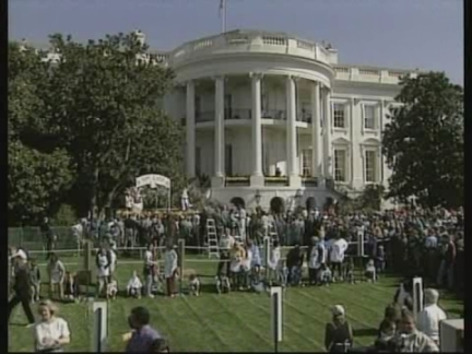 USA: WASHINGTON: ANNUAL EASTER EGG ROLL