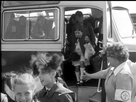 BERLIN CHILDREN INVITED TO THE ISLE OF MAN - NO SOUND