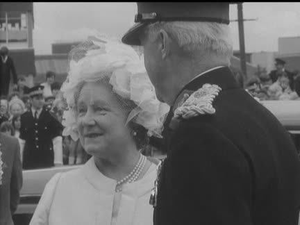 QUEEN MOTHER OPENS SPORTS CENTRE