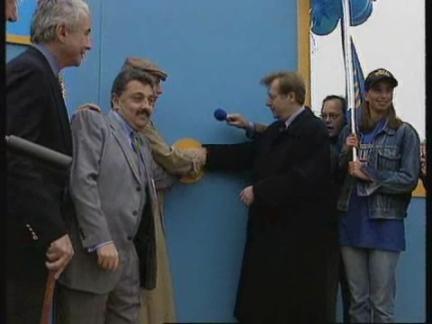 GERMANY  BERLIN  NEW RADIO STATION OPENS 1cd077aa56f